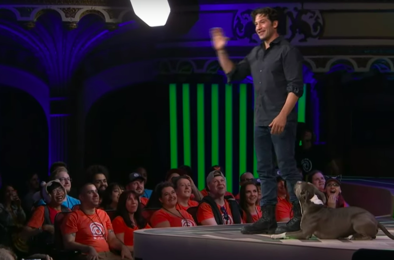 Audience reacts to Jon and his good dog