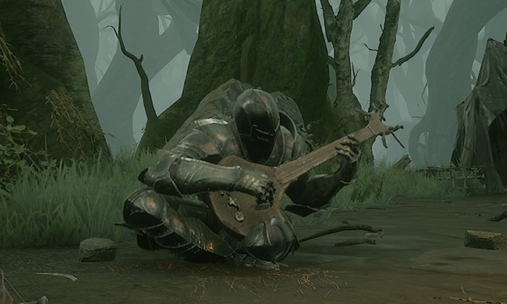 Mortal Shell protagonist playing the Lute